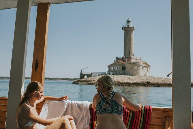 Excursion Cape Kapenjak - Lighthouse Porer
