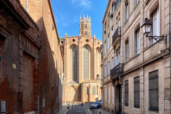 Self-Guided Exploration Tour in Toulouse