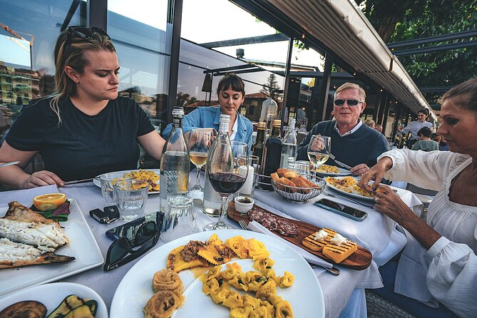 Full-Day Food and Wine Tour in Custoza and Borghetto