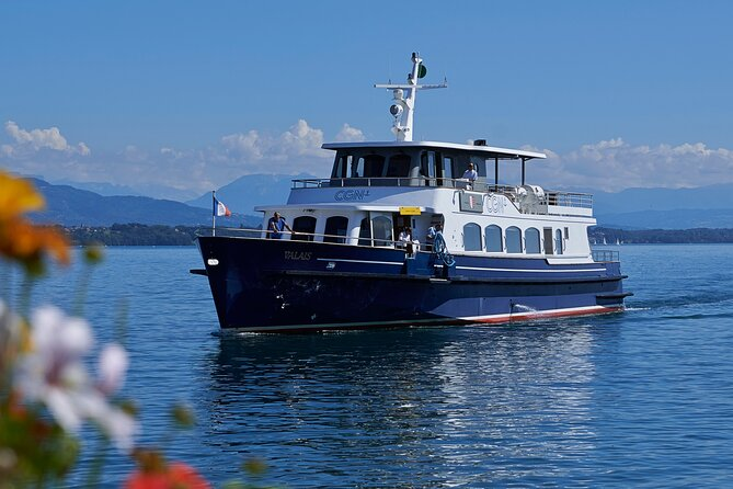 Audioguided sightseeing cruise of Geneva