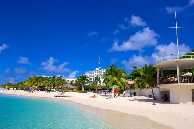 Day Trip to Doctor's Cave Beach, Margaritaville & Shopping from Grand Palladium