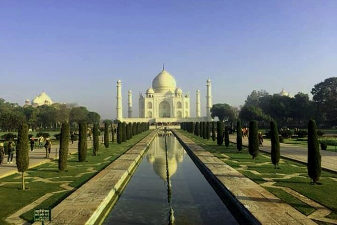 Pune to Taj Mahal & Agra Fort Same Day Private Tour with Return Flights