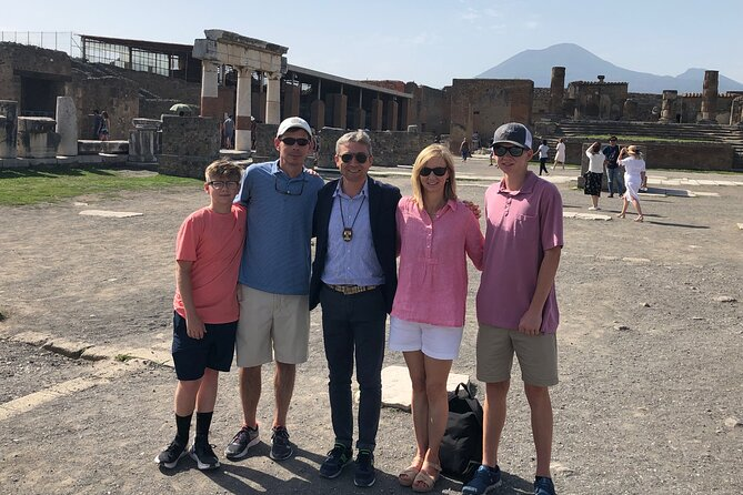 Pompeii and Herculaneum Private Tour with Pick up and Wine Tasting