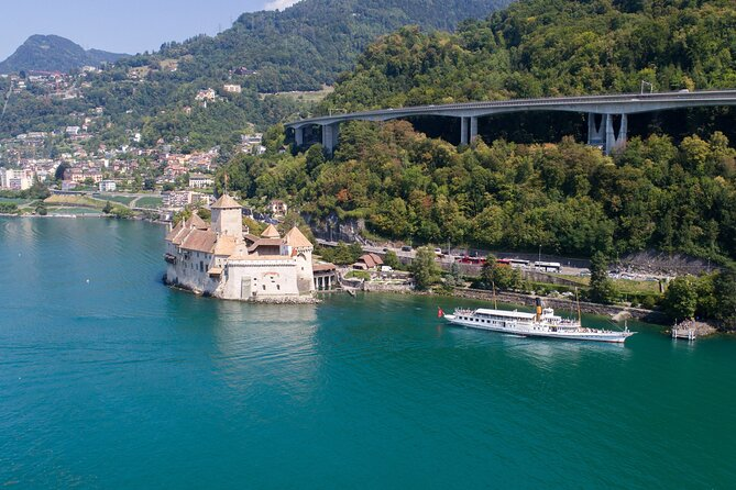 Round trip cruise from Vevey to Chillon