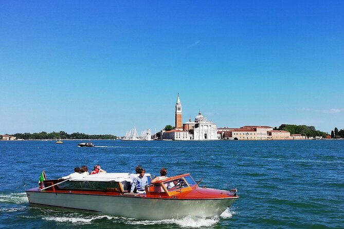 Full-Day Private Walking and Cruise Tour in Venice with Lunch