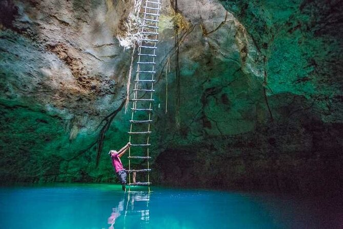 Private Mayan Wildlife Full-Day Tour with Snorkeling
