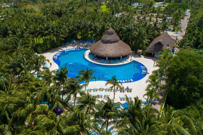 Paradise Beach Exclusive All-Inclusive Day Pass