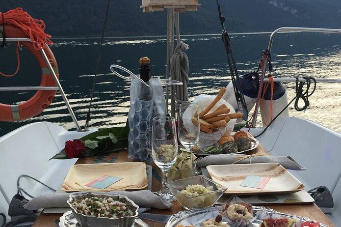 Love, Sail & Taste: Romantic sunset experience on Lake Como