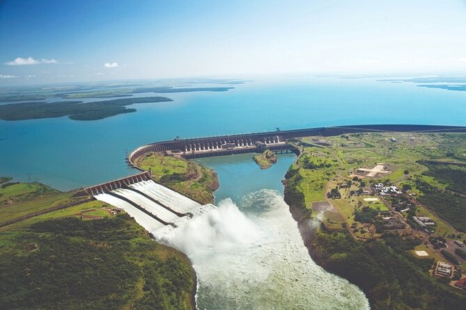 Half-Day Private Itaipu Dam and Biological Refuge Tour