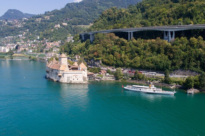 Round trip cruise from Montreux to Chillon