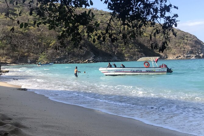 Private Day Trip to Secluded Beach in Tayrona Park