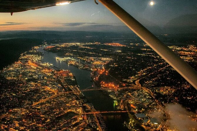 Amazing Columbia River Gorge & Portland Air Tour