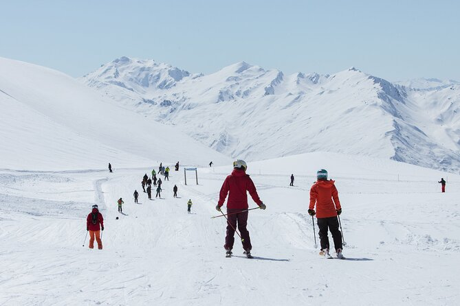 Treble Cone Ski Pass & Rental Package