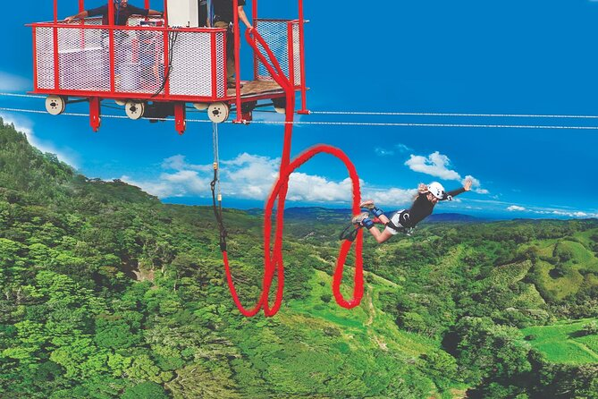 Extreme Bungee Jumping in Monteverde