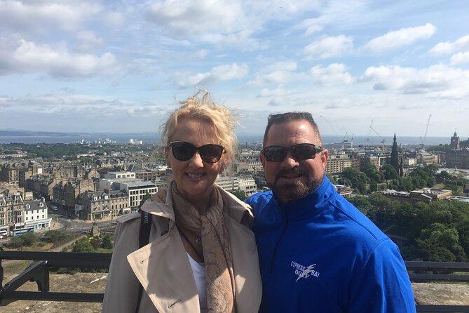 Tour privati di Edimburgo con gente del posto: 100% personalizzato, visita la città senza script