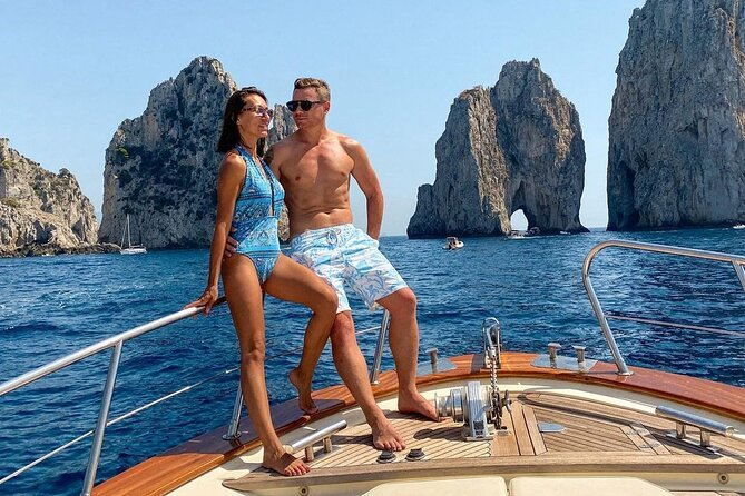 Excursion to Capri and the Amalfi Coast: highlights and comfort on board