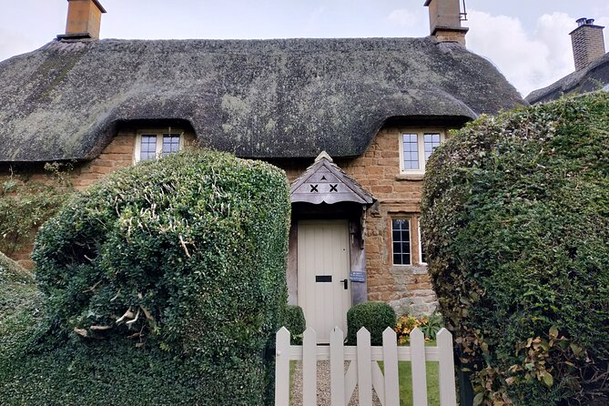 Cotswolds One Day or Half Day Driving Tour with Local Guide