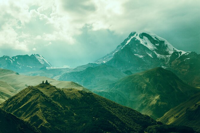 Full-Day Kazbegi - Stepantsminda, Gudauri Private Guided Tour