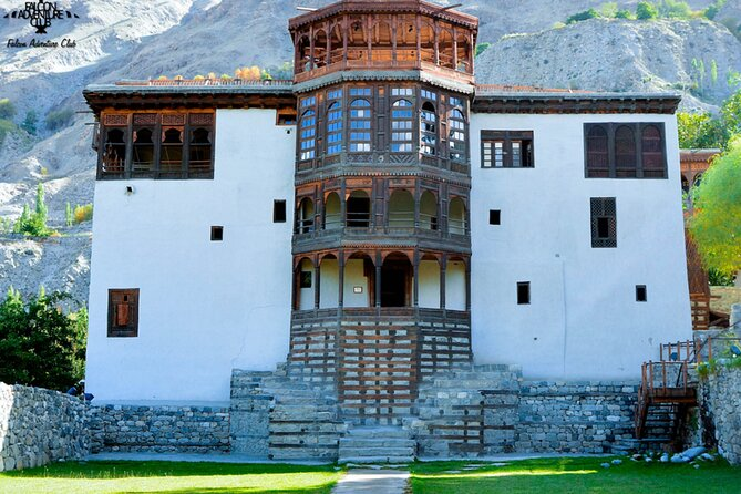 10 Days Tour to Hunza, Skardu & Deosai camping From May to October