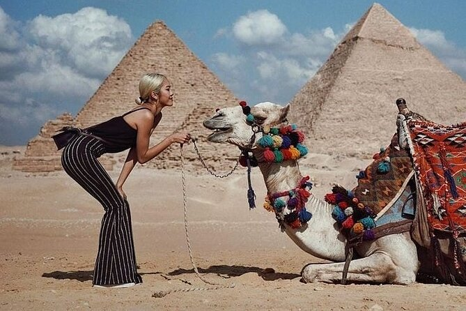 Private Full-Day Tour of The Pyramids with Nile Night Cruise