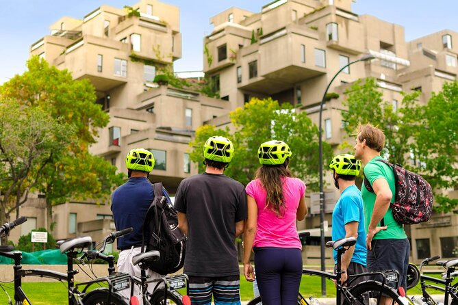 Young Family Private Guided Bike Tour in Montreal