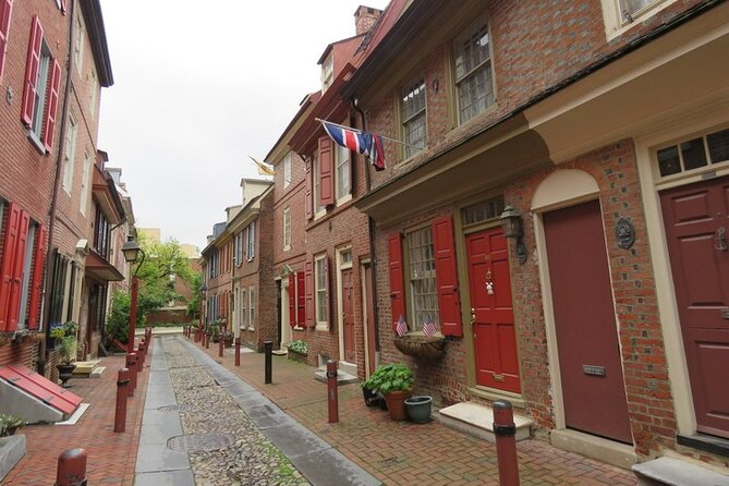 Small-Group Discovering Colonial Philadelphia Public Walking Tour