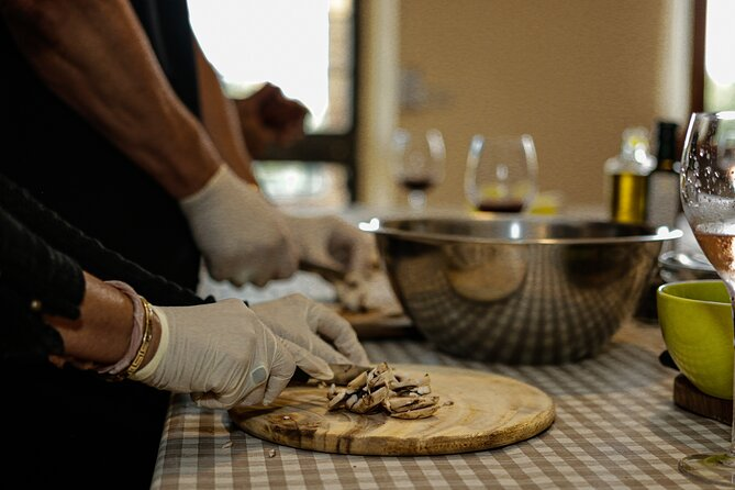 3-hour Tuscan Cooking Class with Wine & Oil Tasting
