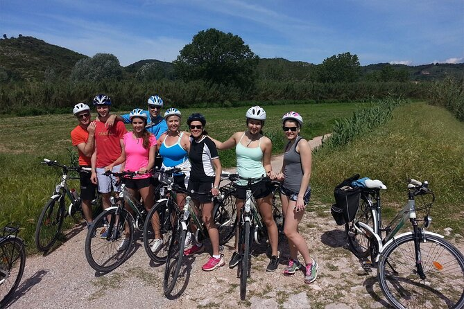 Private Bike Tour through Tuscany Countryside from Lucca