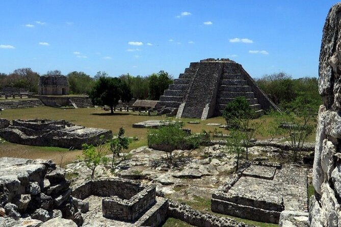 Tour to Calakmul and Balamkú. From Campeche