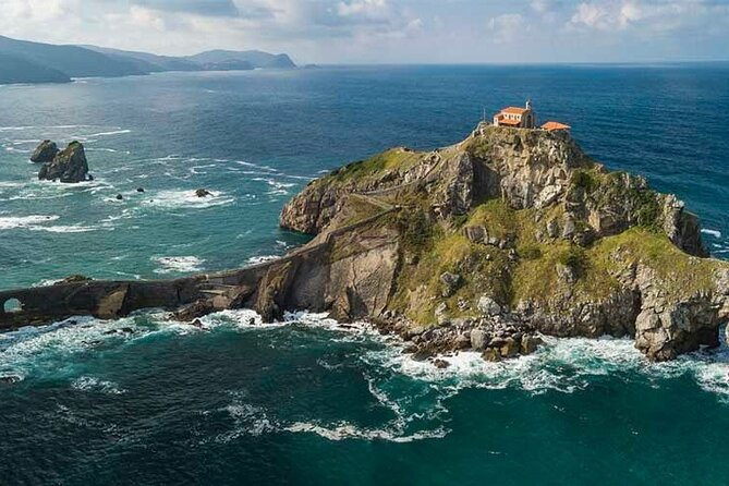 San Juan de Gaztelugatxe with Winery Visit and Lunch (From Bilbao)