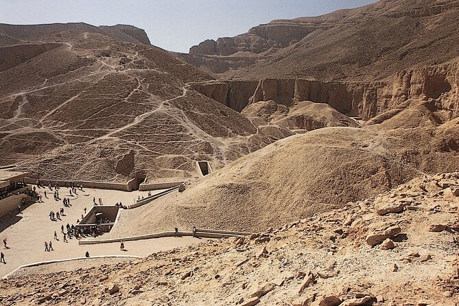 Private Full Day Luxor Tour with Lunch, Guide and Pick Up