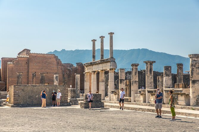 Skip the line Pompeii Guided Tour from Sorrento
