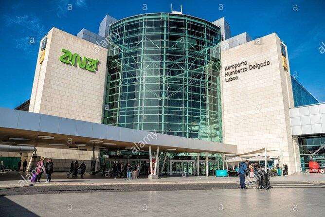 Lisbon Airport Shared Arrival Transfer