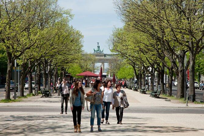 Berlin Short-Spot Walking Tour: Brandenburg Gate and Reichstag
