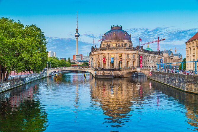 Berlin Short-Spot Walking Tour: Architecture Museum Island