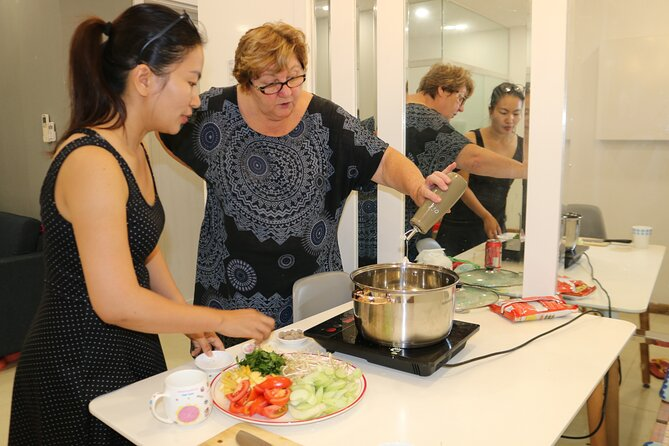 Virtual hand-on Vietnamese cooking class with Vi's family