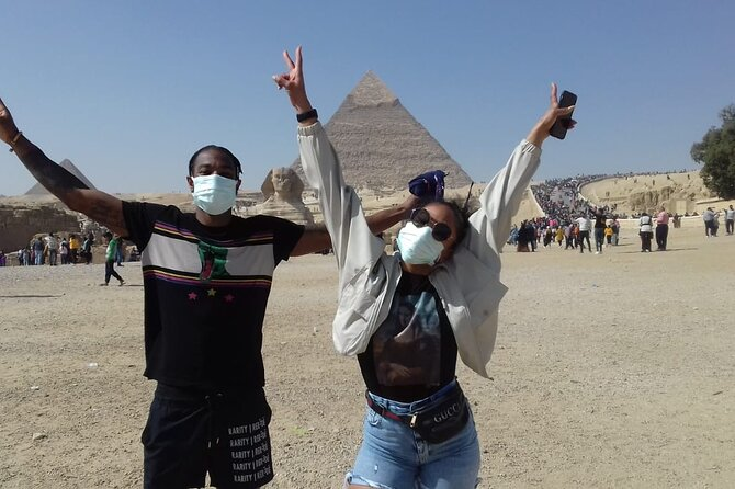 Private Half Day Tour to Giza Pyramids and Sphinx with Camel ride