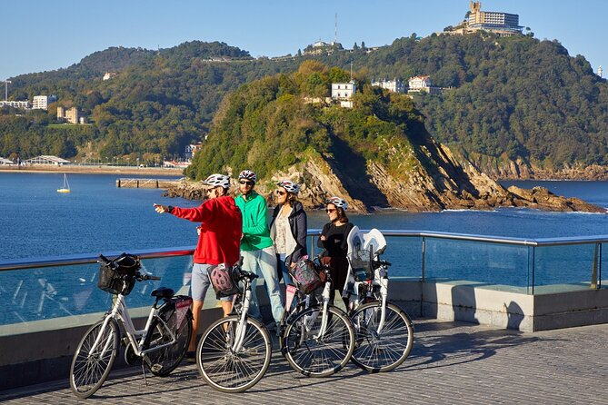 Basque History and Cultural Shared Tour by Bike
