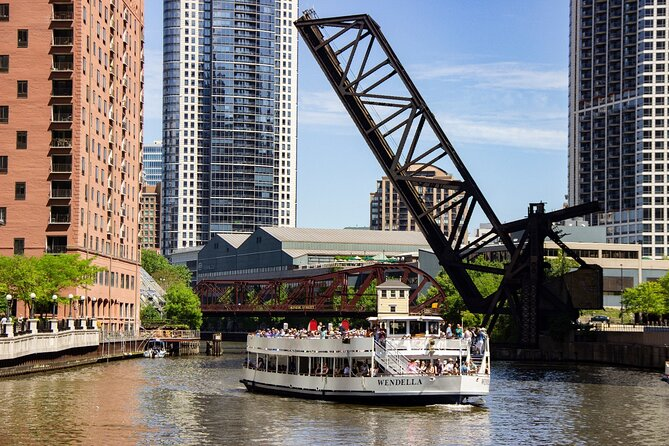 45-Minute Chicago Architecture Boat Tour from Chicago Riverwalk