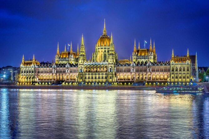 4 Days Guided Tour of Budapest All Inclusive by bus from Brescia and Desenzano