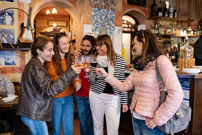 Lucca Aperitivo Adventure Small groups with food and wine