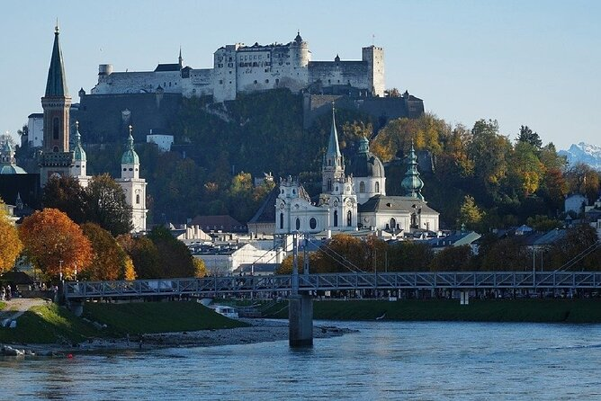 Mobile puzzle rally with fun facts through Salzburg
