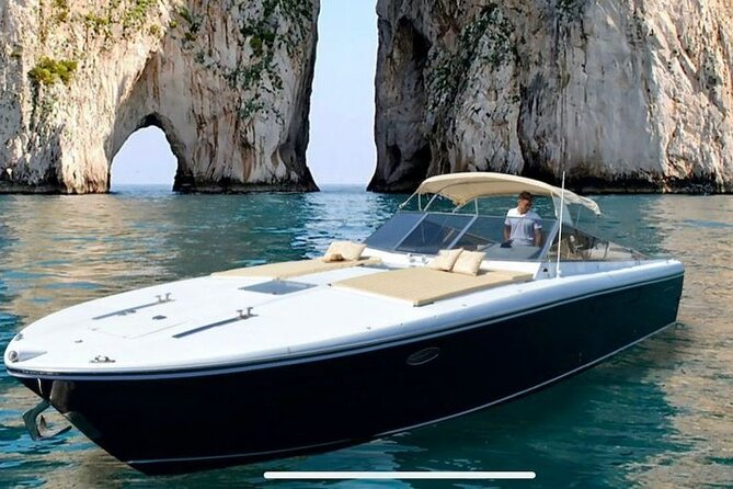 Luxury transfer by Mercedes and private boat from CAPRI to ROME or vice versa