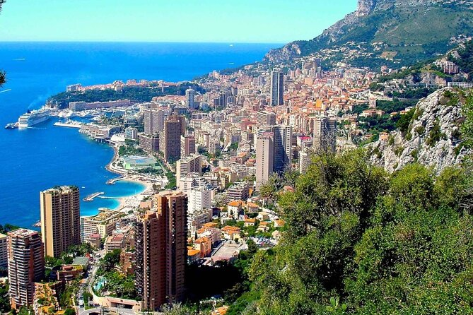 4 Days Guided Tour of the Côte d'Azur All Inclusive by Bus from Verona