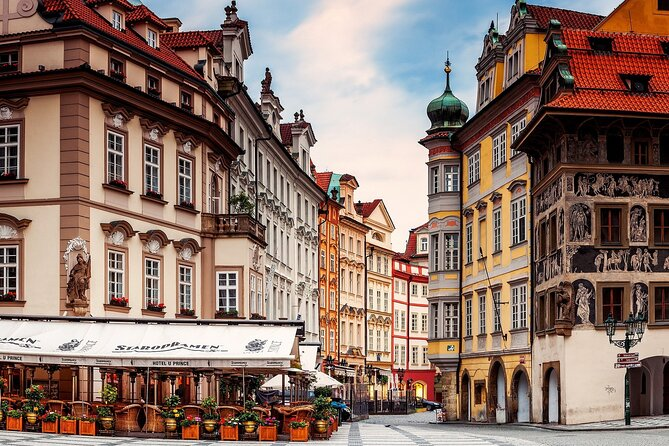 Prague All Inclusive 4-Day Guided Tour by Bus from Verona