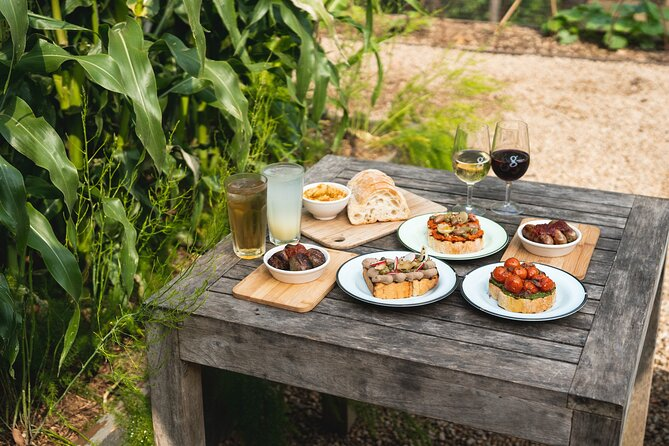 Family Lunch - Tapas and Wine for 4 People