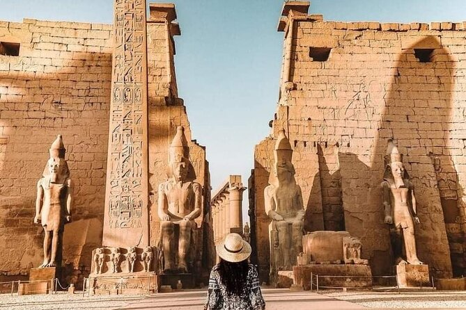 Private Full-Day Tour to West and East Banks of Luxor
