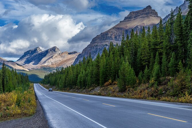 GPS-Guided Driving Tour: Icefields Parkway between Lake Louise & Jasper, Alberta