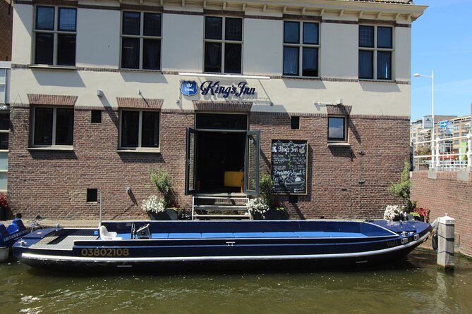 Private City Tour in Alkmaar by Electric Boat