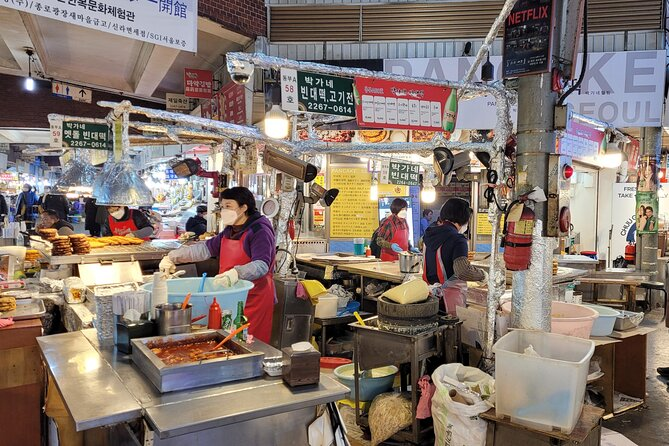 Gwnagjang Market Food & Essential attractions in Seoul